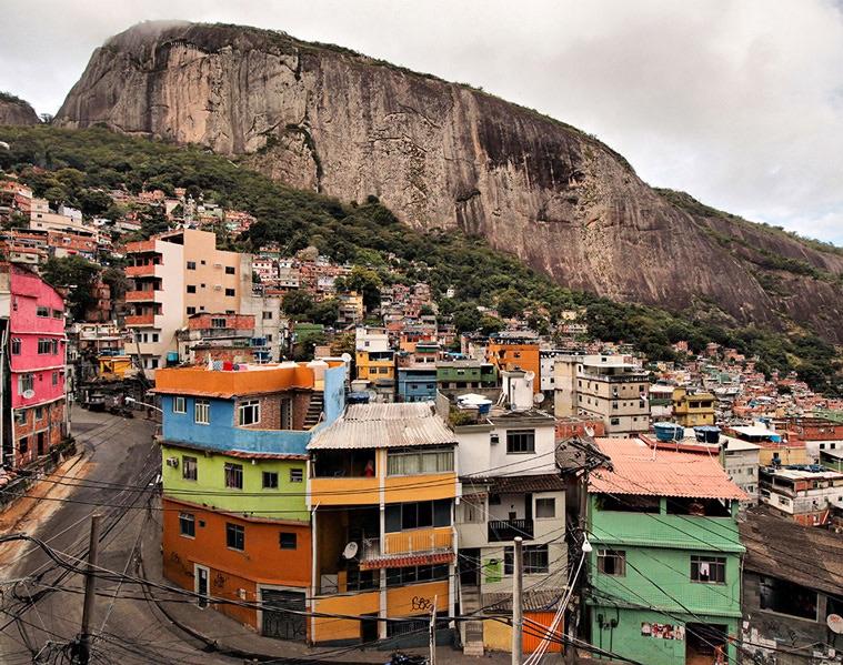 O Marketing, a Comunicação e as Favelas Brasileiras